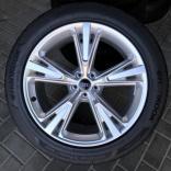 Летние колеса Audi Q7 4M R21