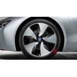 Зимние колеса BMW i8 R20