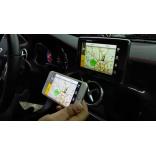 Отображение экрана смартфона намониторе Mercedes GLC 300