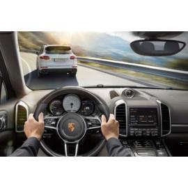 Адаптивный круиз - контроль Porsche Cayenne