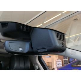 Штатный видеорегистратор Jaguar XF
